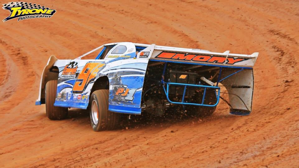 DIRT Late Model Car