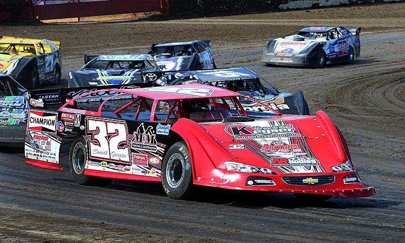 Pierce Battles Hard For Lucas Oil Win At Macon :Racers