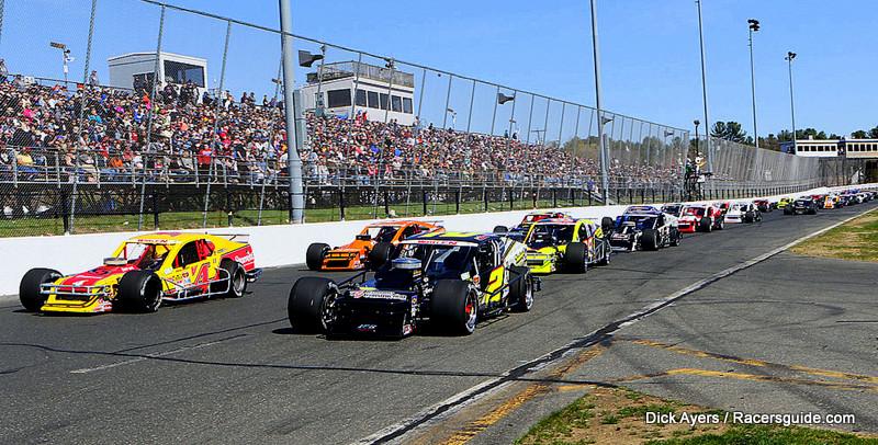 Stafford speedway releases 2017 event schedule racers for Stafford motor speedway schedule