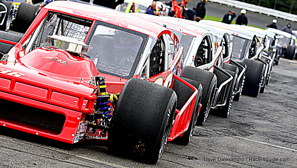 Stafford speedway releases 2018 schedule of events racers for Stafford motor speedway schedule
